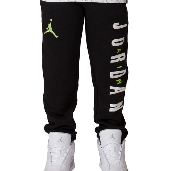 8f2790606c2f Nike Bottoms